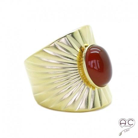 Bague ethnique cornaline, large anneau ouvert en plaqué or satiné