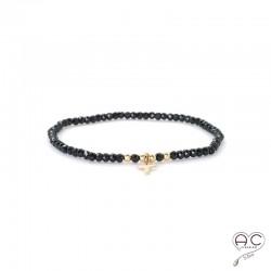 Bracelet spinelle noire, pierre naturelle, pampille croix en plaqué or et petit brillant en cristal, gipsy, bohème, création