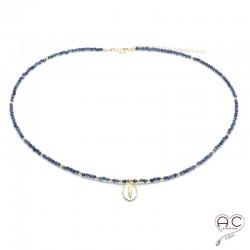 Collier pierre naturelle saphir avec une médaille vintage, plaqué or, fin, ras de cou, création