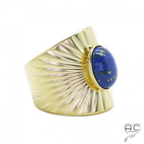 Bague ethnique lapis lazuli, anneau large ouvert en plaqué or satiné, pierre naturelle, bohéme, tendance