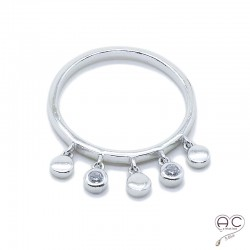 Bague pampilles en zircon brillant serti clos et les petites pastilles rondes sur l'anneau fin argent 925 rhodié