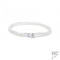 Bracelet perles d'eau douce, pampille médaille en argent 925 et petit brillant en cristal, élastique, gipsy, bohème, création