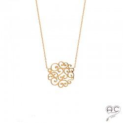 Collier avec médaille ronde en arabesque, dentelle, plaqué or, ras de cou, femme