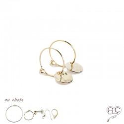 Boucles d'oreilles, crèoles avec une médaille martelé en plaqué or, choix des différentes attaches, femme
