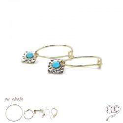 Boucles d'oreilles, crèoles avec un carré martelé en plaqué or serti de turquoise nano, choix des différentes attaches, femme