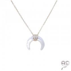 Collier avec croissant de lune en nacre, ras du cou en plaqué or rose sertie de zirconium brillant, femme