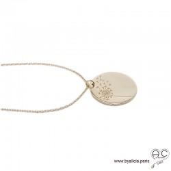 Médaille ronde avec une fleur de pissenlit gravée en plaqué or, femme, tendance, bohème