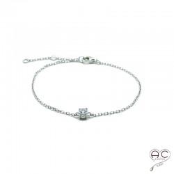 Bracelet avec solitaire en zirconium brillant sur une chaîne fine en argent 925 rhodié, femme