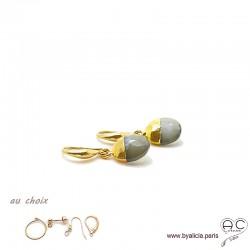 Boucles d'oreilles pierre de lune grise et plaqué or, pierre naturelle, pendantes, création by Alicia