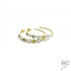 Boucles d'oreilles créoles ouvertes serties de perles et de pierres fines en plaqué or
