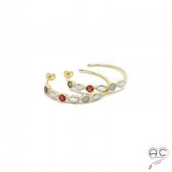 Boucles d'oreilles créoles ouvertes serties de perles de culture d'eau douce et de pierres fines en plaqué or