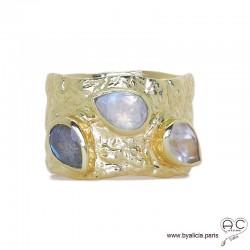 Bague anneau BAYA pierres naturelles, labradorite et pierre de lune rainbow serti sur anneau large martelé en plaqué or, femme