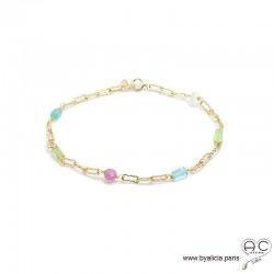 Bracelet avec pierres fines multi-couleur parsemées sur une chaîne en plaqué or, création by Alicia