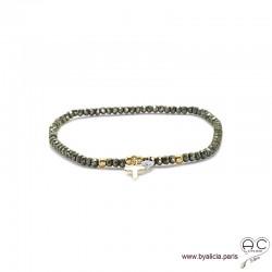 Bracelet pyrite, pierre naturelle, pampille croix en plaqué or et petit brillant en cristal, bohème, création by Alicia