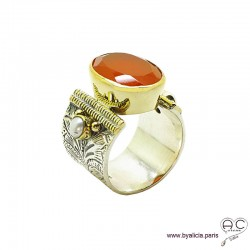 Bague avec cornaline et perles, anneau large en argent massif rhodié, ciselé, sertissage en laiton doré, ethnique