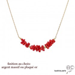 Collier avec corail véritable rouge, bâtonnets sur une chaîne fine, tendance, création by Alicia