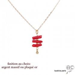 Collier pendentif avec corail véritable rouge, bâtonnets sur une chaîne fine, tendance, création by Alicia