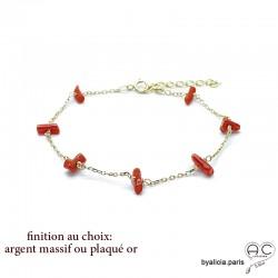 Bracelet avec corail véritable rouge, bâtonnets parsemée sur une chaîne fine, fait main, création by Alicia