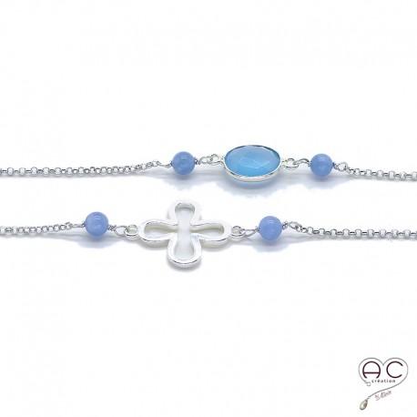 Sautoir calcédoine bleu et célestine, pierres fines et trèfle ajouré sur une chaîne en argent 925 rhodié, création by Alicia