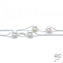 Sautoir perles d'eau douce blanches et pastilles argent sur une chaîne en argent 925 rhodié, création by Alicia