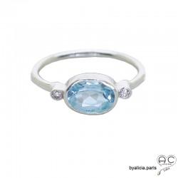 Bague topaz bleue entouré par petits zirconiums, anneau fin en argent massif, pierre naturelle