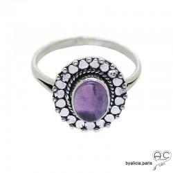 Bague améthyste cabochon sertie sur un ovale en argent massif perlé, anneau fin, pierre naturelle, femme