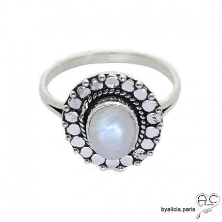 Bague pierre de lune cabochon sertie sur un ovale en argent massif perlé, anneau fin, pierre naturelle, femme