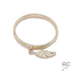 Bague anneau fin avec pampille plume en plaqué or, empilable, femme