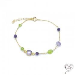 Bracelet pierre semi-précieuse, améthyste, péridot, sur une chaînette en plaqué or