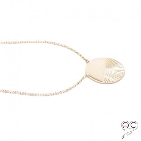 """Collier médaille ronde """"Soleil couchant"""" en plaqué or"""